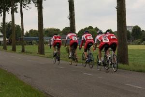 GPVijfhuizen2009-ploegachterzijde